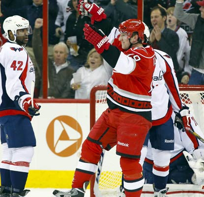 Jiri Tlusty scores three goals in little more than one period, but it's not enough for the Hurricanes to win.  (USATSI)