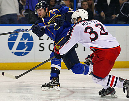 David Backes scores for the second straight game to lead the suddenly surging St. Louis Blues. (Getty Images)