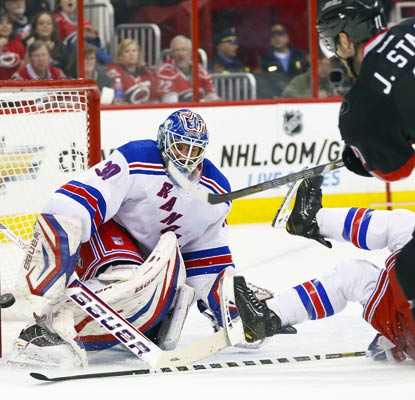 Henrik Lundqvist stops a season-high 48 shots to strengthen the Rangers' position in the East.  (USATSI)