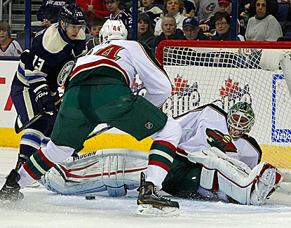 Minnesota goalie Niklas Backstrom makes 24 saves against the Blue Jackets, good for the 28th shutout of his career. (USATSI)