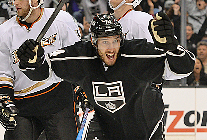 Dwight King celebrates a goal against the Ducks as the Kings aim to keep a lock on the No. 4 seed.  (USATSI)
