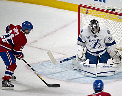 Montreal's Brian Gionta scores his second goal of the game with 47 seconds left to lift the Canadiens. (AP)