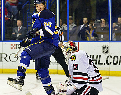 Chicago rested its stars, and Chris Stewart and the Blues wrapped up the fourth seed in the West with a 3-1 win. (USATSI)