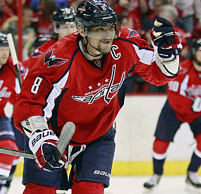 Alex Ovechkin scores in the second period as the Caps rattle off three unanswered goals to take Game 1.  (USATSI)