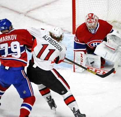 Carey Price rebounds from a shaky Game 1 to record 29 saves in shutting down the Senators.  (USATSI)