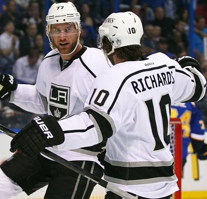 Jeff Carter strikes early in the second and third periods for the Kings, who are one win away from advancing.  (Getty Images)
