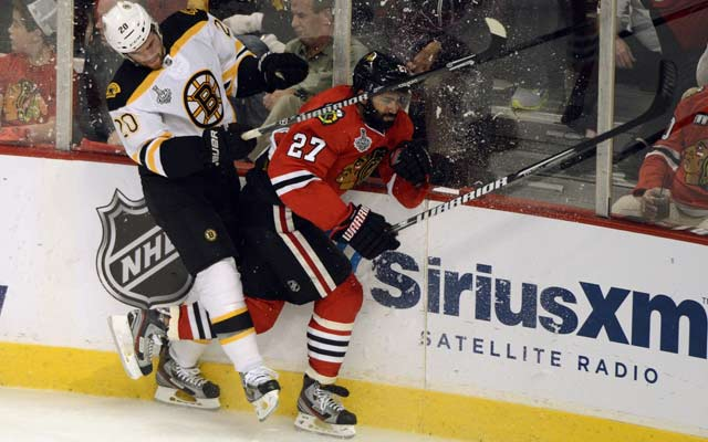 Game 1 between Boston and Chicago was playoff hockey at its finest.(USATSI)