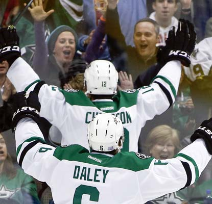 Alex Chiasson delights the Dallas fans with a tie-breaking goal for his eighth score in nine career games.  (USATSI)