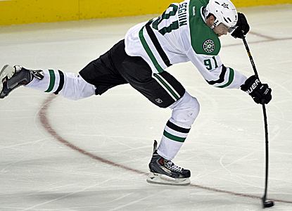 Tyler Seguin does it all for the Stars, notching a pair of goals to go with two assists in a Dallas victory.  (USATSI)