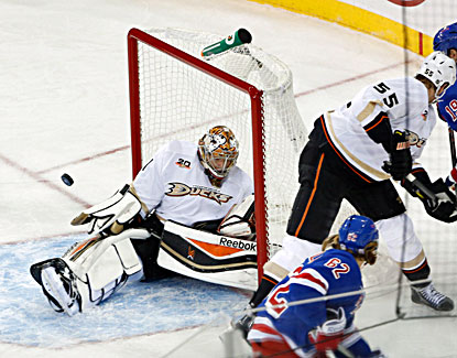 Frederik Andersen makes one of his 32 saves against the Rangers to stay perfect in four NHL games. (USATSI)
