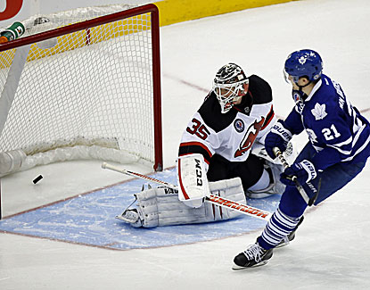 James van Riemsdyk scores on a low wrist shot in the shootout to give Toronto the win. (USATSI)