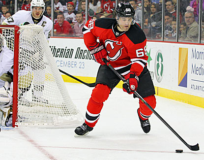 Jaromir Jagr might be 41, but he shows off puck skills any player would envy, scoring twice against Pittsburgh. (USATSI)