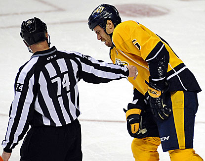 Predators captain Shea Weber leaves the game and does not return after being hit by a puck near his right eye. (USATSI)