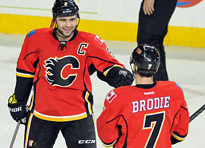 Mark Giordano and TJ Brodie combine for two goals and two assists in the Flames' win over the Coyotes. (USATSI)