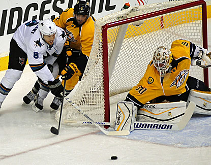 Carter Hutton makes 36 saves against the San Jose Sharks to lead the Nashville Predators to their third straight win. (USATSI)