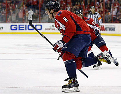 Alex Ovechkin scores with 58 seconds remaining in regulation, and the Caps go on to beat Philly in a shootout. (USATSI)