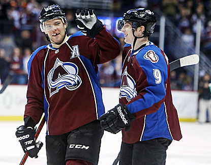 Paul Stastny, left, finds the back of the net twice to lead the Avalanche to a 6-2 win over Dallas. (USATSI)