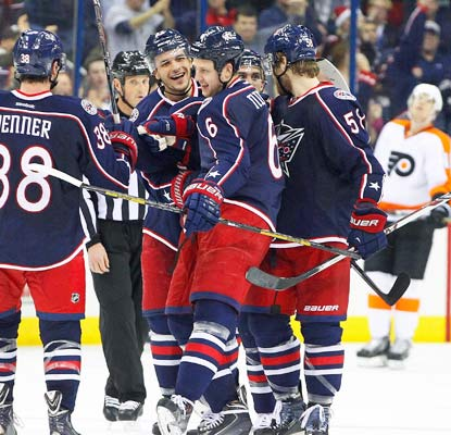 The Blue Jackets score six goals, helping them recover from a rough loss to the Flyers on Thursday.  (USATSI)