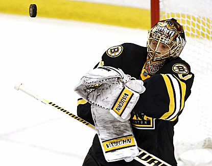 Bruins goalie Tuukka Rask turns aside 33 shots against the Senators for his fourth shutout of the season. (USATSI)
