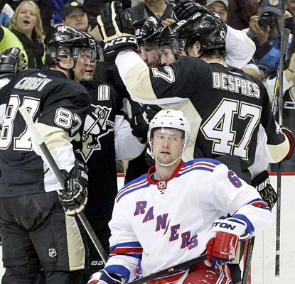 The Penguins beat up the Rangers for their 11th straight win at home. They've won 10 of their last 12 against New York.  (USATSI)
