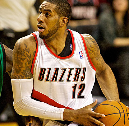 Portland star big man LaMarcus Aldridge scores 21 points and grabs 13 rebounds against the struggling Celtics. (USATSI)
