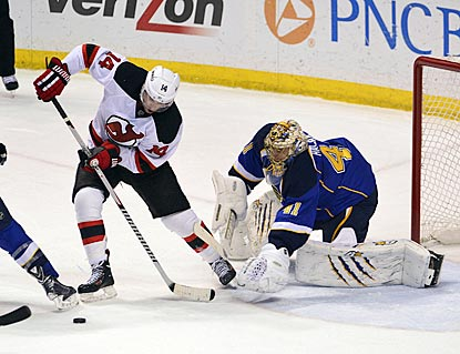 After a subpar effort last week in New Jersey, Jaroslav Halak shuts out Adam Henrique and the Devils in St. Louis.  (USATSI)