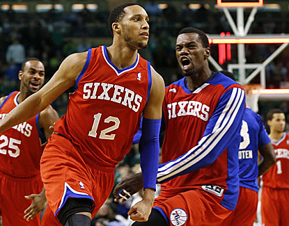 Evan Turner celebrates after sinking a shot at the buzzer to give the Philadelphia 76ers the victory. (USATSI)