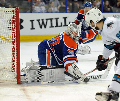 Oilers netminder Ben Scrivens sets an NHL record against the Sharks by stopping 59 shots in a shutout.  (USATSI)