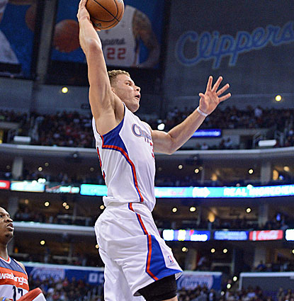 Blake Griffin leads five Clippers players in double figures with 29 points and also grabs nine rebounds. (USATSI)