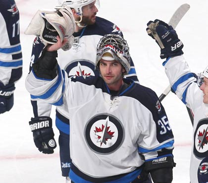 Winnipeg Jets goalie Al Montoya is No. 1 star after his 10th victory this season.  (USATSI)