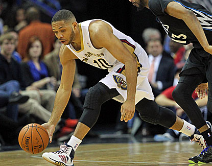 Eric Gordon scores 16 of his 20 points in the second half to help lift the Pelicans past Minnesota. (USATSI)