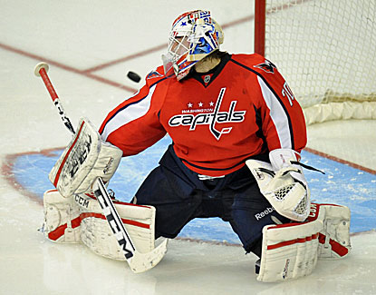 Washington goalie Braden Holtby makes the stop against the Devils 0bbddc84b89