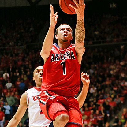 Gabe York scores 15 points for Arizona, which beats Utah for the ninth straight time since the 1998 tournament. (USATSI)