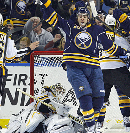 Buffalo's Matt Moulson scores the game-tying goal during the third period against the Bruins. (USATSI)