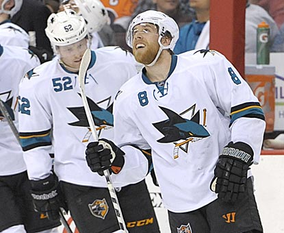 Joe Pavelski watches the replay of his third goal. All three of his goals come during the second period.  (USATSI)