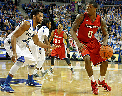 Duquesne's Ovie Soko goes for 12 points, three rebounds and three assists in the Dukes' win over Saint Louis. (USATSI)