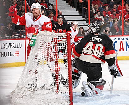 Johan Franzen completes his hat trick with a second-period tally against Ottawa's Robin Lehner.  (Getty Images)