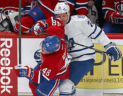 Toronto's David Clarkson checks Daniel Briere in the second period of the Canadiens' win over the Leafs. (USATSI)
