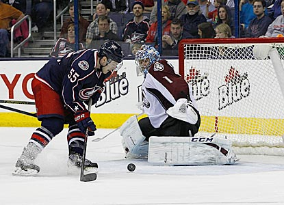 Blue Jackets center Mark Letestu gets a scoring chance against Semyon Varlamov in the third period, but fails to convert.  (USATSI)