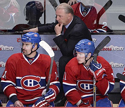 Tomas Plekanec (left), Habs coach Michel Therrien and Brendan Gallagher lament a lost chance against the lowly Isles. (USATSI)