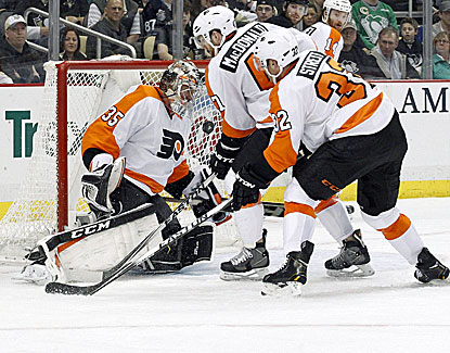 Mark Streit beats Marc-Andre Fleury 2:10 into overtime to lift the Philadelphia Flyers to victory over the Pens. (USATSI)