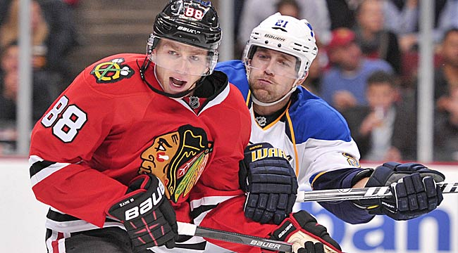Follow LIVE: Blackhawks take on rival St. Louis