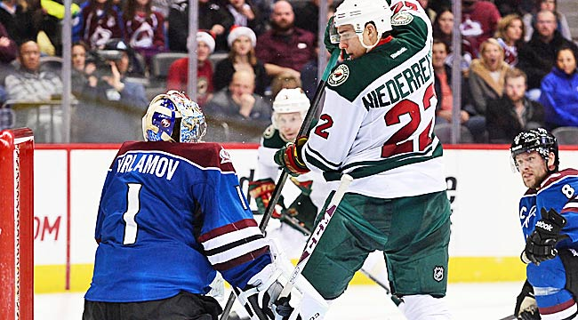 Follow LIVE: Varlamov, Avs face off with Wild