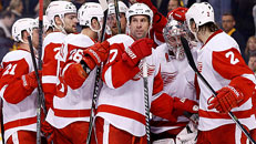 Red Wings surprise Bruins