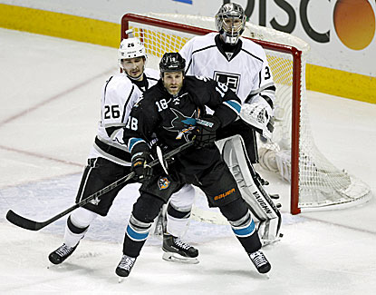 Jonathan Quick makes 30 saves for the shutout as the Kings force a Game 6 against San Jose. (USATSI)