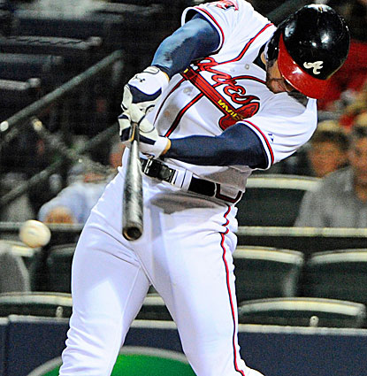 Freddie Freeman wins it for the Braves in the 10th inning, raising his average to .321 on the season. (USATSI)