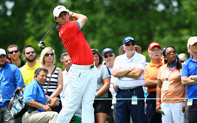 Rory McIlroy makes two eagles on the back nine and opens with a 9-under 63. (USATSI)