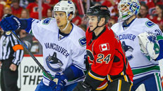 LIVE: Canucks-Flames, Game 6