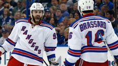 Rangers rip Bolts in Game 6