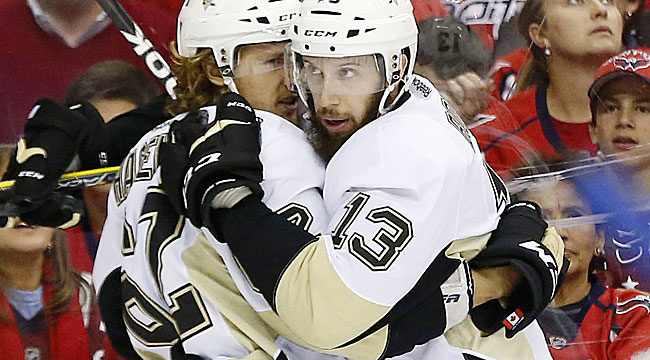 Pens, Lightning tie up series